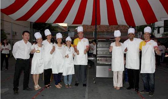 DHL Express tri ân nhân viên tại Việt Nam