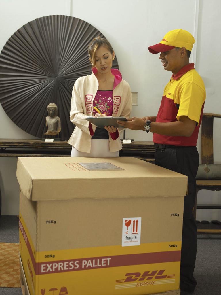 Gửi chuyển phát hàng thư sang Singapore-HongKong-Lào-Indonesia
